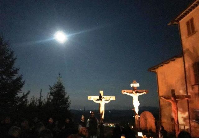 Pasqua 2019: gli eventi organizzati dalla Parrocchia di Avigliano. Ieri sera la Via Crucis